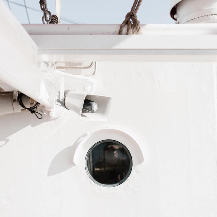 sea megaphone by Andrew Neel from Pexels